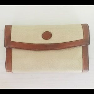 Dooney & Bourke pebbled leather wallet classic